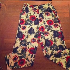 H&M Elastic waist poppy print pant.